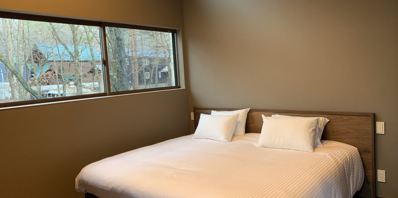 Gravity master bedroom