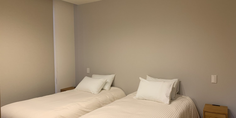 Kairos bedroom 1