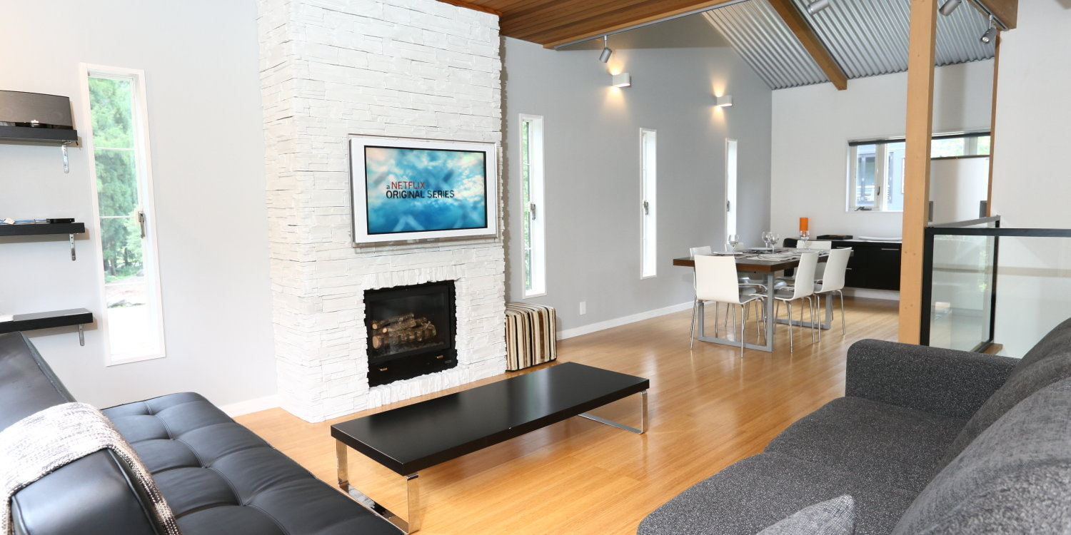 Powdersuite B Living Room